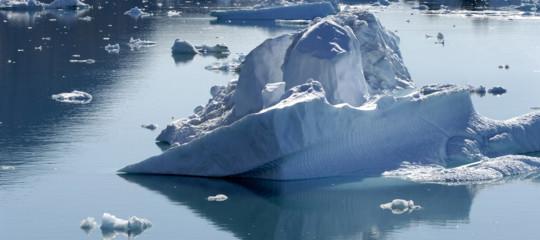 artico groenlandia ghiaccio si rompe