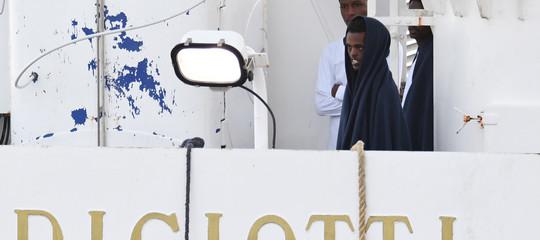 """Migranti: appello Oime Unhcrall'Italia, """"la Diciottili sbarchi tutti"""""""