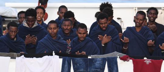 Di Maio avverte l'Ue: ci aiuti con i migrantioblocchiamo i contributi dell'Italia all'Europa