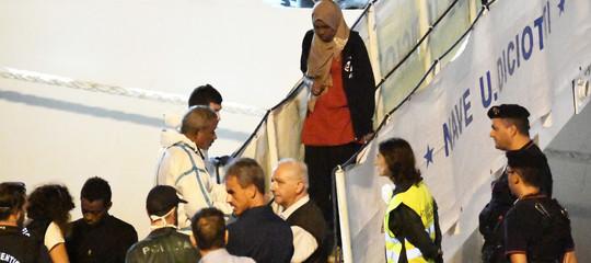 Diciotti: finisce l'odissea dei migranti, sbarcano gli ultimi 137