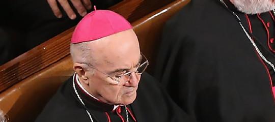 papa francesco rapporto vigano preti pedofili