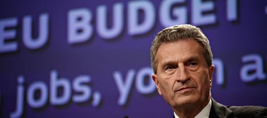 """Ue: Oettingerall'Italia, """"bloccare il bilancio non è intelligente"""""""