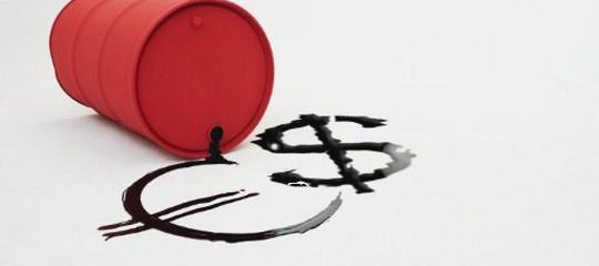 Petrolio: prezzi in flessione in chiusura