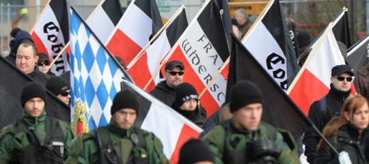sassonia neonazisti migranti