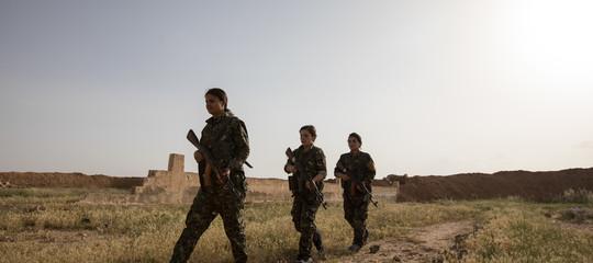 siria curdi chiudono scuole cristiane