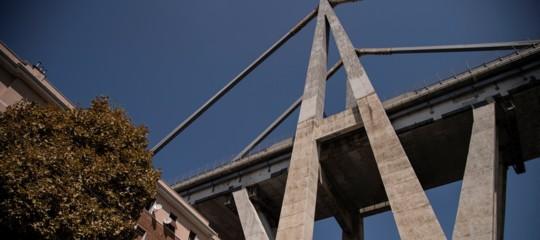 Crollo ponte: Autostrade oggi presenta piano demolizione Morandi