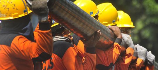 Lavoro: in forte calo le ore di Cassa integrazione, aumentano richieste di disoccupazione