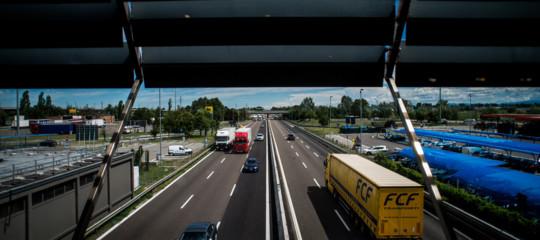 Crollo ponte: Autostrade, estesi pedaggi gratis
