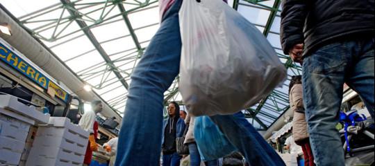 Allarme sui consumi, solo +1% nel 2018, peggior frenata in 4 anni