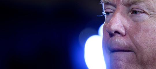 Sondaggio affonda Trump: il 49% vuole l'impeachment