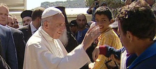 """La risposta del Papa a Viganò: """"Silenzio e preghiera davanti a chi cerca scandalo"""""""