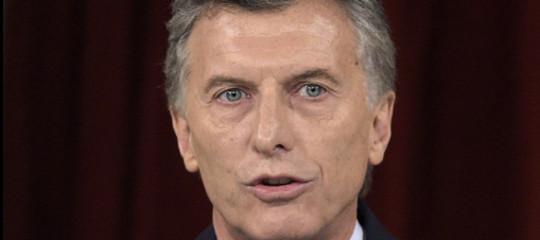 Lacrime e sangue per l'Argentina di nuovo soffocata dalla crisi. La situazione