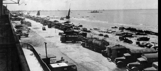 ADunkerquetutti gratis sui mezzi di trasporto, come fecero gli inglesi nel 1940