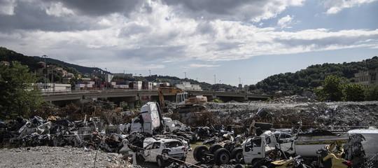 I 20 indagati per il crollo del ponte di Genova. C'è anche Autostrade