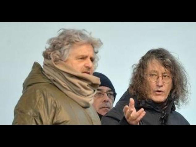 Mafia Capitale: Grillo-Casaleggio, Marino faccia passo indietro