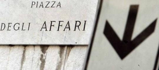 Borse europee: chiudono in calo per tensioni commerciali; Milano -0,27%