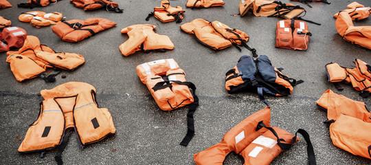 Migranti:Msf, oltre 100 morti nel naufragio di un gommone davanti a coste libiche