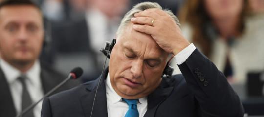 L'Europarlamento approva l'apertura della procedura contro l'Ungheria