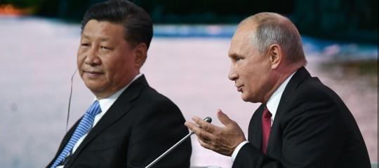 Mosca ha avviato le più grandi manovre dalla Guerra Fredda. Insieme alla Cina
