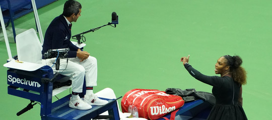 Tra tutti i giudici arbitri del tennise SerenaWilliamsora c'è un problema serio