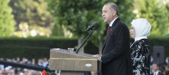"""Erdoganattacca la banca centrale turca: """"Tagli i tassi"""""""