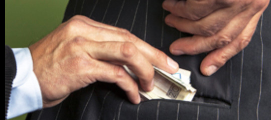 corruzione tangenti storie