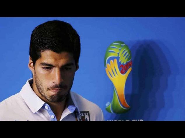 Calcio: presidente Barcellona, Suarez si e' scusato per il morso