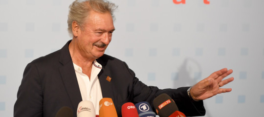 Chi è JeanAsselborn, il ministro che ha attaccato Salvini, considerato strano anche in patria
