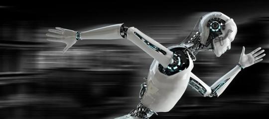 La corsa contro il tempo degli operai cinesi per difendere il posto di lavoro dai robot