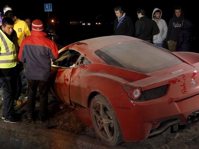 Juventus: incidente d'auto per Arturo Vidal, arrestato perche' guidava ubriaco