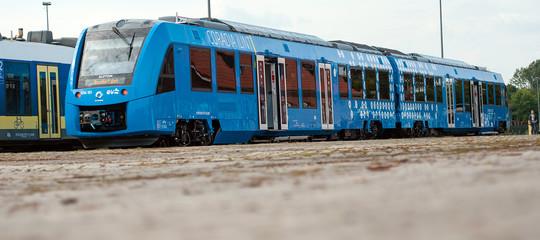 Due treni a idrogeno sono entrati in servizio in Germania, l'economia solare è realtà
