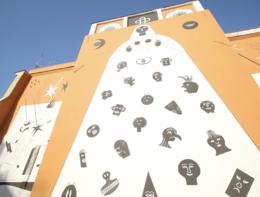 Streetart, il timelapse dellamaxi opera a Roma contro la guerra