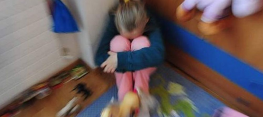 Pedofilia: risarcimento record diocesi Brooklyn a vittime, 27,5 milioni