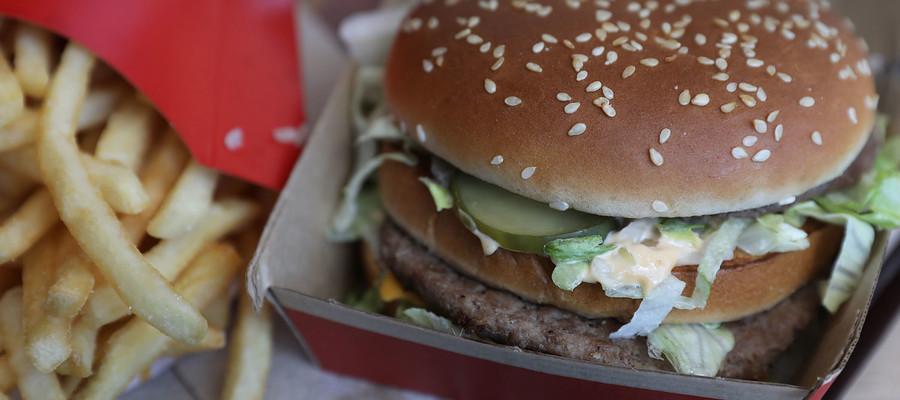 Tutto ciò che bisogna sapere sul Big Mac, che oggi compie 50 anni