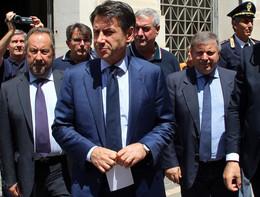"""Conte: """"Fiducia in Casalino, violate regole deontologiche"""""""