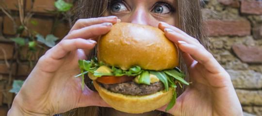 Una catenaitaliana dihamburgerieha messo nel menù un hamburger di 'non carne'