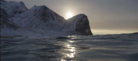Bolle pericolose e grandi come pompelmi. Cosa sta succedendo ai laghi dell'Artico