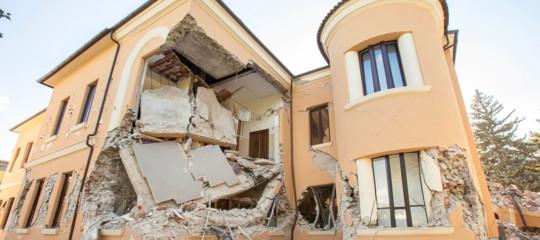 I dati shock di Cittadinanzattivasull'edilizia scolastica in Italia