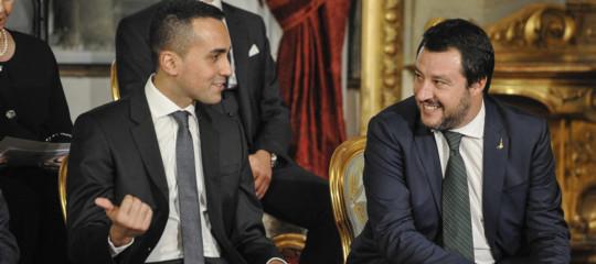 Salvini e Di Maio vincono ai punti su Tria: manovra con deficit al 2,4 percento