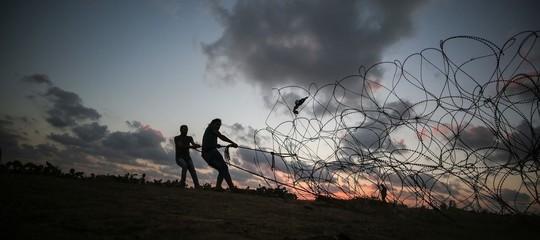 Scontri al confine tra Gaza e Israele, almeno 7 palestinesi uccisi