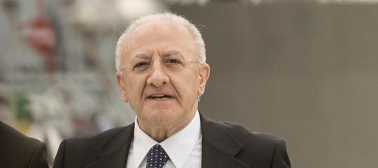 Salerno: Vincenzo De Luca assolto dall'accusa di abuso d'ufficio e falso ideologico nel processoCrescent