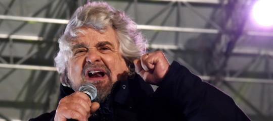 Beppe Grillo ha detto la sua sulla manovra e sulla manifestazione del Pd