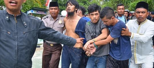 Indonesia: dopo lo tsunami evadono dal carcere 1.200 persone