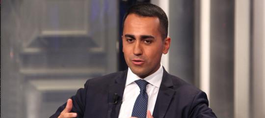 """Reddito di cittadinanza, Di Maio: """"Andrà a chi è residente in Italia da almeno 10 anni"""""""