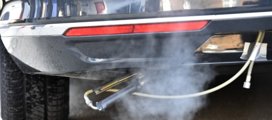 La Germania ha trovato il modo di ridurre il numero delle auto diesel in circolazione