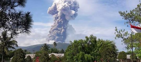Indonesia: dopo sisma e tsunami, erutta il vulcano Soputan aSulawesi
