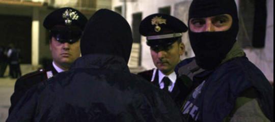Mafia: mega-operazione in Basilicata, 25 arresti in corso