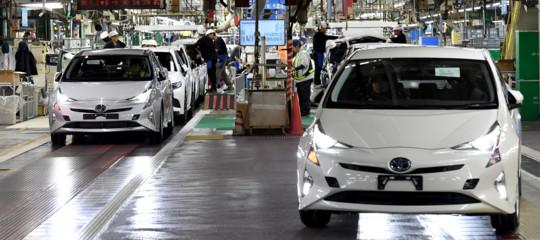 Toyotarichiama 2,4 milioni di ibride in tutto il mondo per rischi di incidente