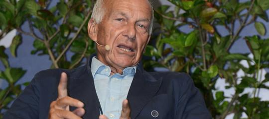 Bertinotti ha detto che il reddito di cittadinanza è una politica necessaria