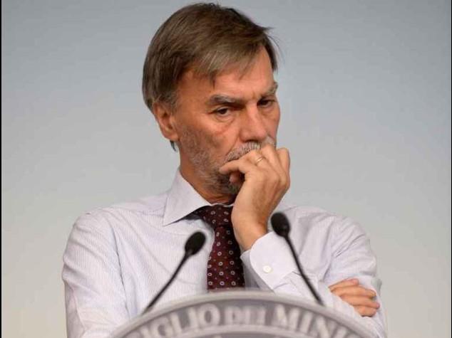 Merkel, insufficienti riforme Italia Delrio, guai per Ue da Germania